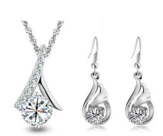 Silver chain/pendant/earings