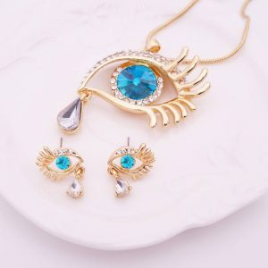 Cleopatra eye necklace with pendant and earings