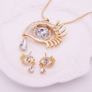 Cleopatra eye necklace with pendant and earing